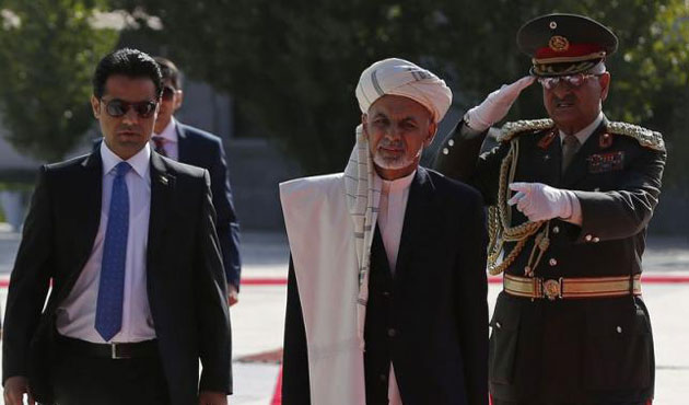 Afghan President Ghani delays India trip