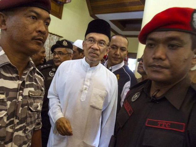 Anwar Ibrahim launches new appeal against conviction