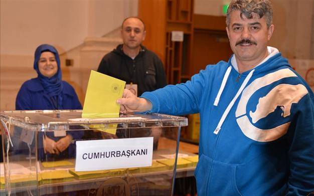 Turks in Australia cast votes for June general election