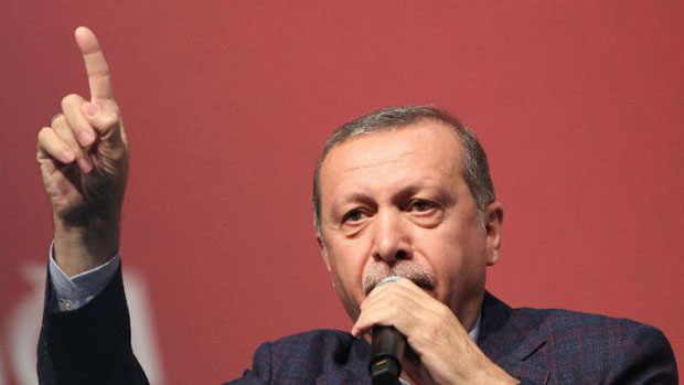 Erdogan rallies Turks in Germany