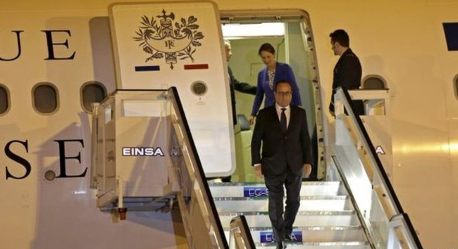 Hollande first French president to visit Cuba
