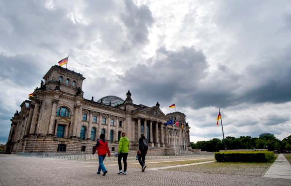Hackers attack German parliament's data network