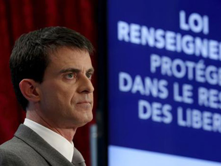French senate adopts controversial spy bill