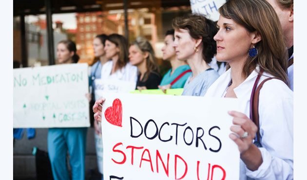 Canadian doctors protest cuts to refugees health care