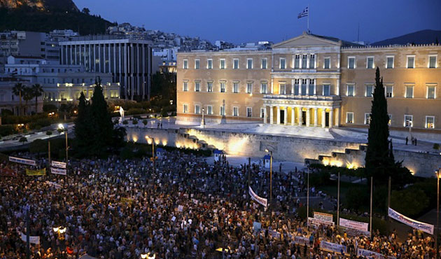 Greeks rally demand to end austerity