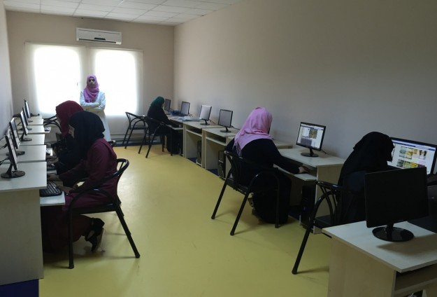 Syrian youths in camps turn to university for hope