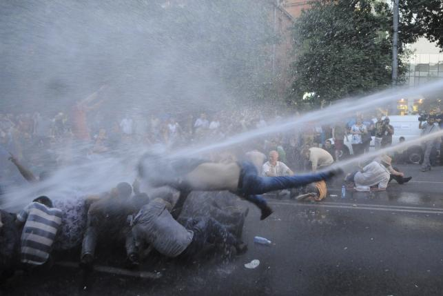 Armenian protests against energy price enter 6th day