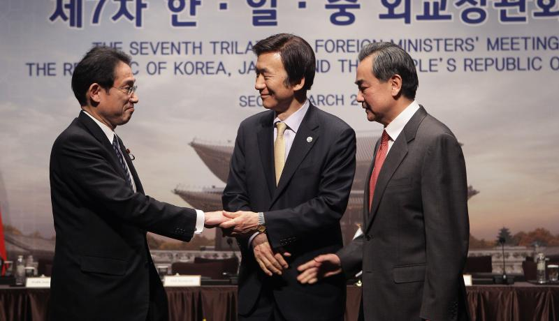 Seoul-Tokyo military ties continue to edge closer