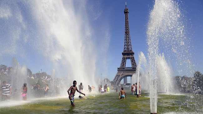 France on alert over sweeping heat wave