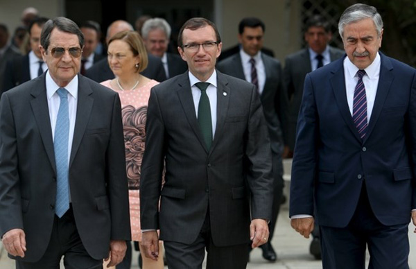 Cyprus leaders on same page in peace talks