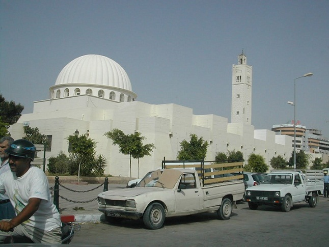 Tunisian imams to appeal govt move to close mosques