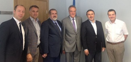 Crimean Tatar leader meets with EP delegation