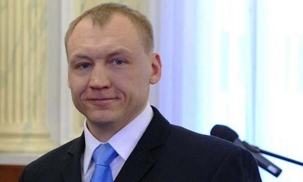 Russia jails Estonian policeman for spying