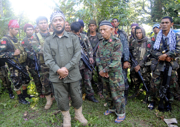 Muslims asked to play bigger role in Philippines peace