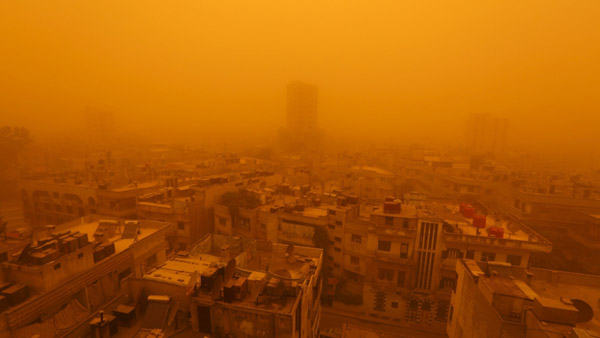 Massive sandstorm grounds Assad's airforce
