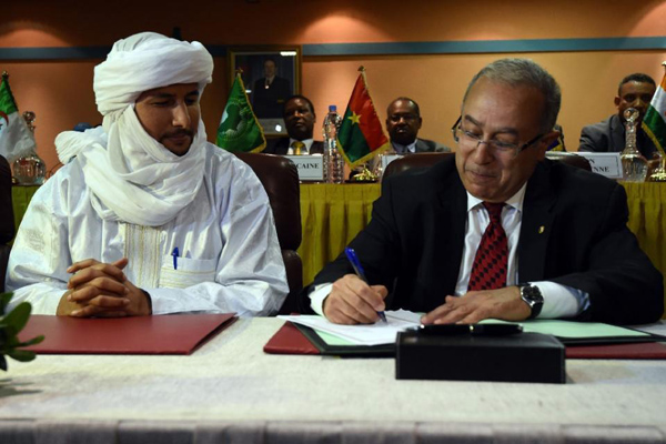 Mali armed groups sign peace deal