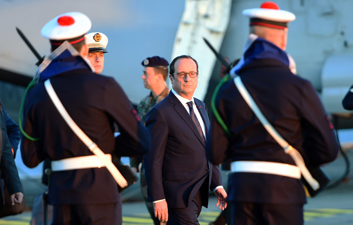 France's Hollande in Iraq to review war on ISIL