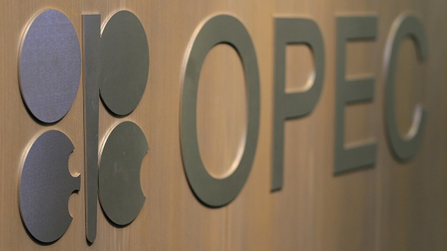 OPEC attempts correction in oil market with increase