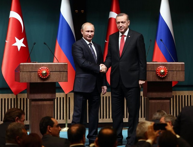 Erdogan, Putin agree face-to-face meeting next month