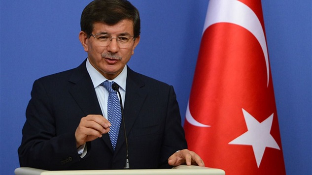Turkey PM slams 'hypocritical' calls to open borders