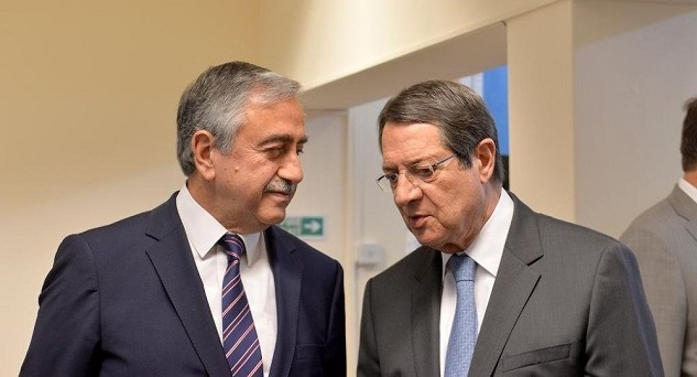 Cyprus reunification deal 'on track'
