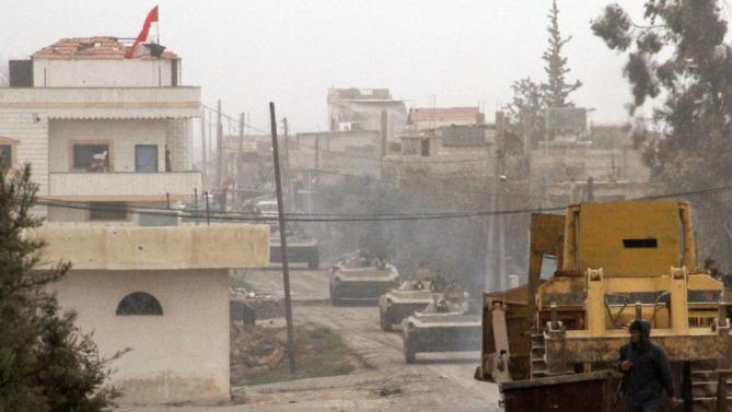 Pro-Assad regime forces, PYD/PKK clash in Syria