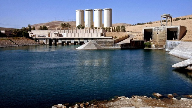 Mosul dam could fail at any time, killing 1 million people