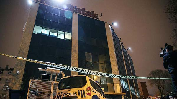 Masked assailants attack offices of Istanbul dailies