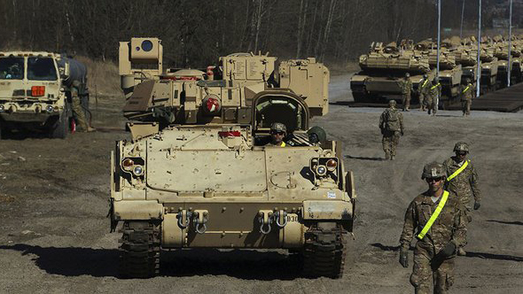NATO to send 4,000 troops to Russian border
