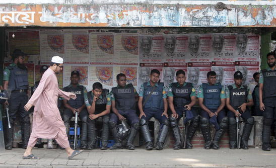 Bangladesh clears execution for top leader