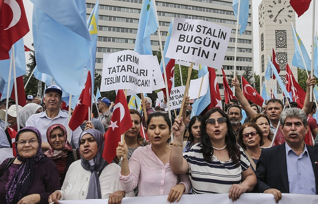 Crimean Tatars in Ankara rally to remember 1944 deportation