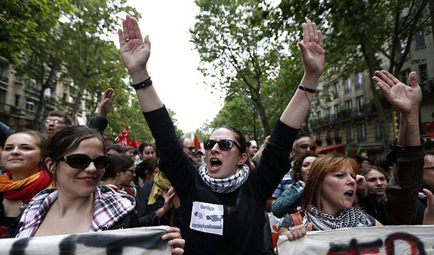 Controversial labor law faces renewed protests in France