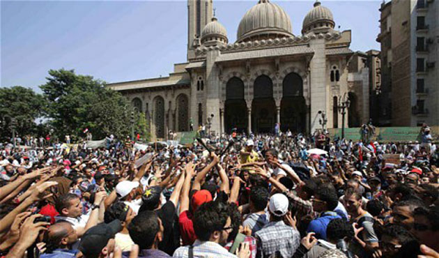 Egypt orders retrial in 2013 Cairo mosque standoff case
