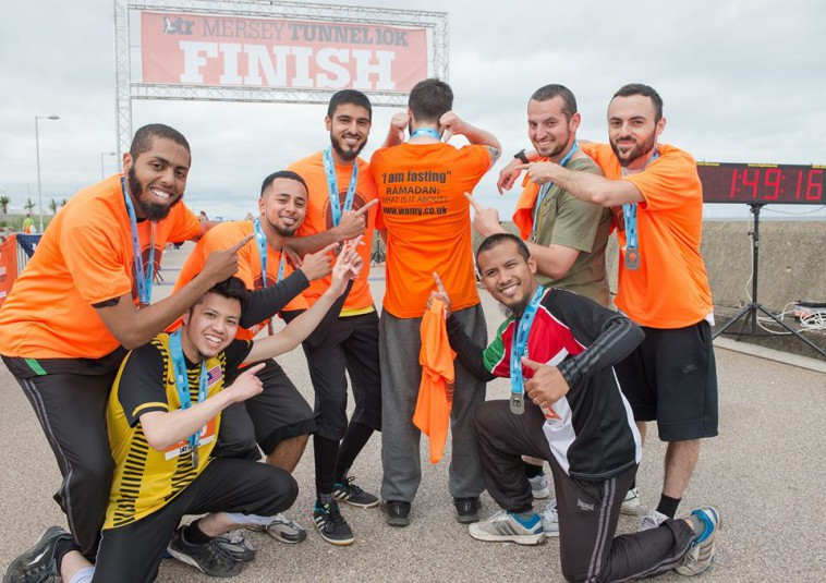 British Muslims Take Part in 10K Run