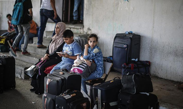 3,000 Gazans enter Egypt in one week