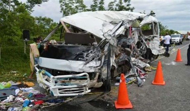 16 killed, 12 injured in truck collision in Dom. Rep.