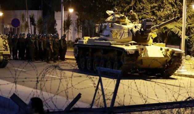 Turkish military ordered to shoot down hijacked aircraft