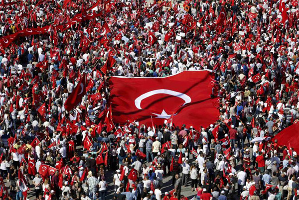 Turks rally for democracy in historic square