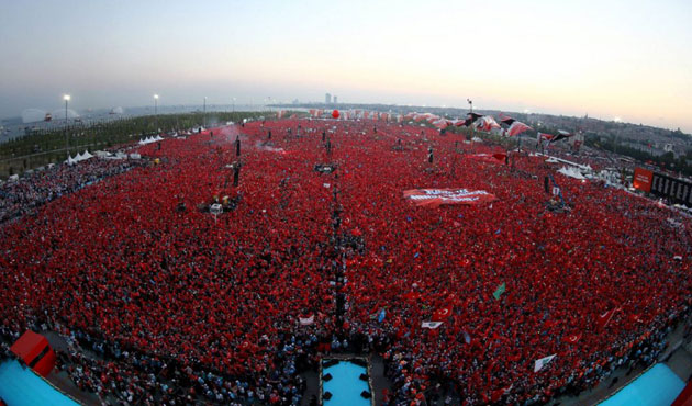 Millions gather in Istanbul for mass democracy rally
