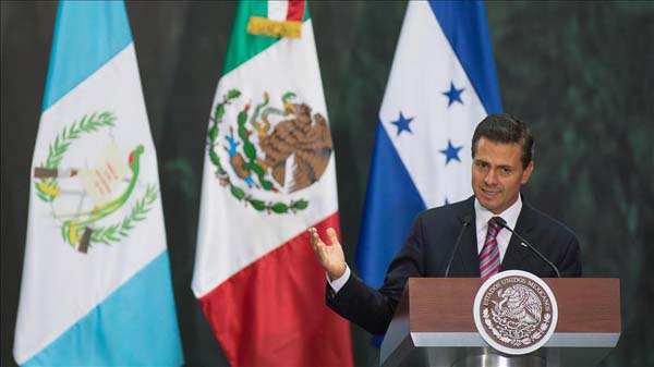 Pena Nieto, Trump discuss wall, NAFTA in Mexico visit