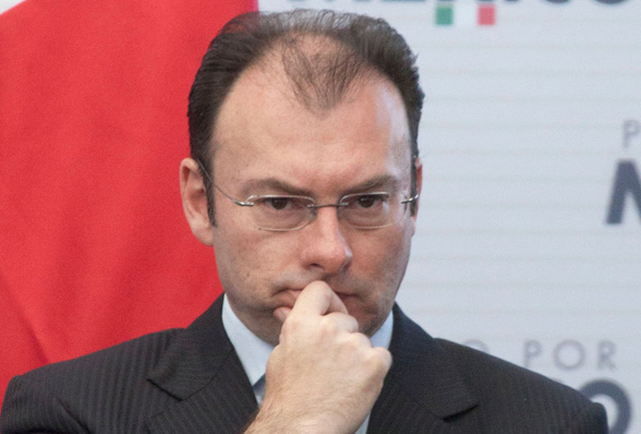 Mexican finance minister resigns amid Trump scandal