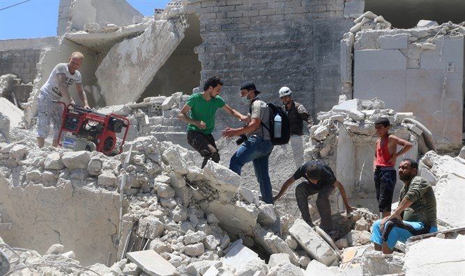 Syrian regime helicopters attack Aleppo, killing 11
