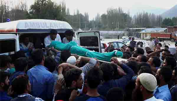 11 killed in avalanche in Kashmir