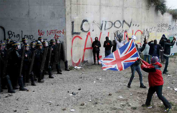French police, activists clash near Calais camp