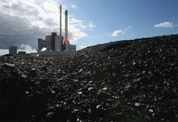 EU must begin phasing out coal to reach climate targets