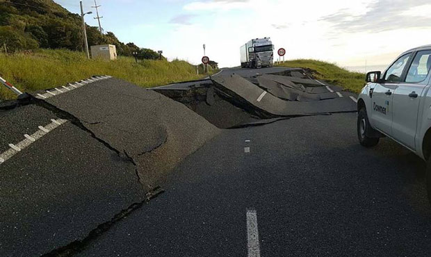 Quake kills 2, damages infrastructure in New Zealand