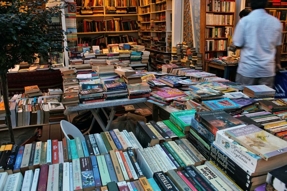 Antiquarians come together in Istanbul's Beyoglu