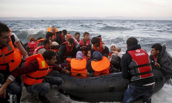 Traffickers suspected of using refugee rescue boats as taxis