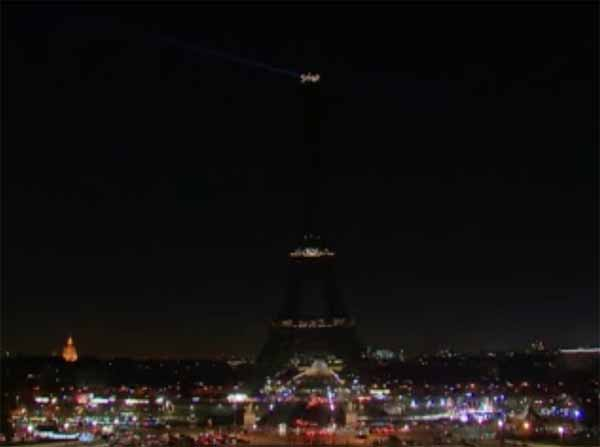 Solidarity for Aleppo: Paris switches off lights for Eiffel...