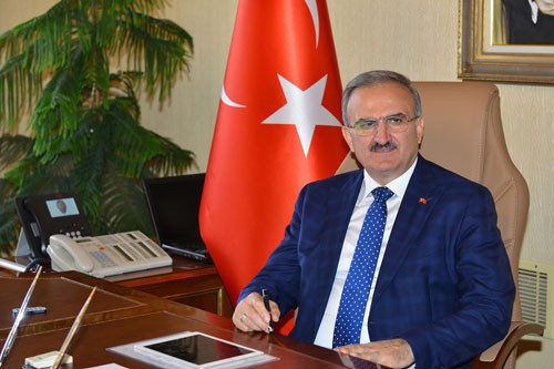 Antalya governor mourns Karlov at Russian Consulate